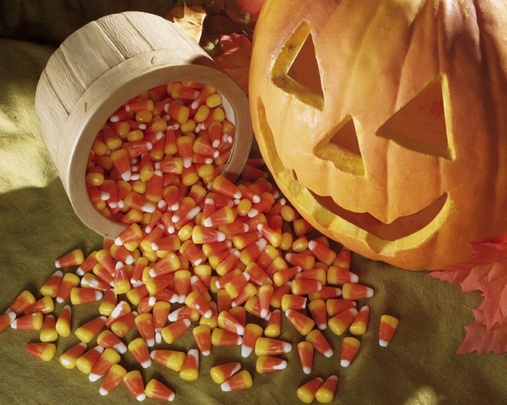 Trick-or-Treat-halloween-24469765-1280-1024