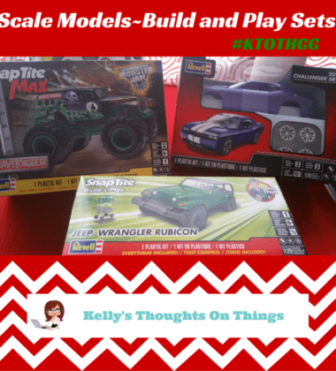 Scale Models-build and play set