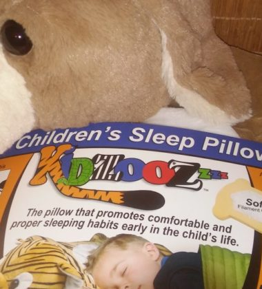 Kidzooz kid pillow bed sleep neck