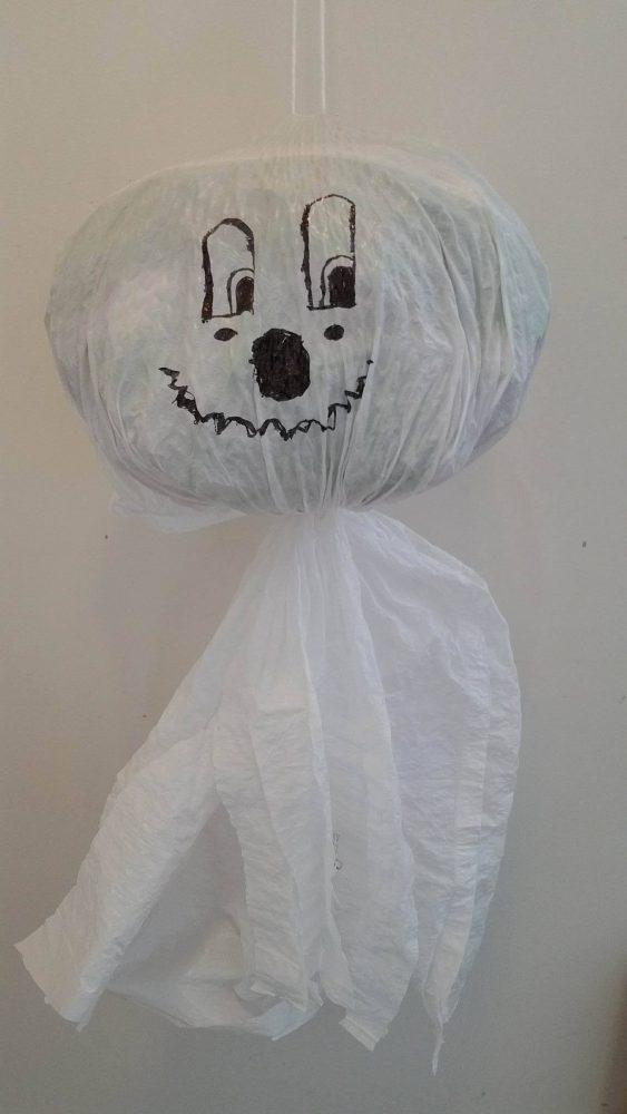 Easy DIY Halloween Garbage Bag Ghost