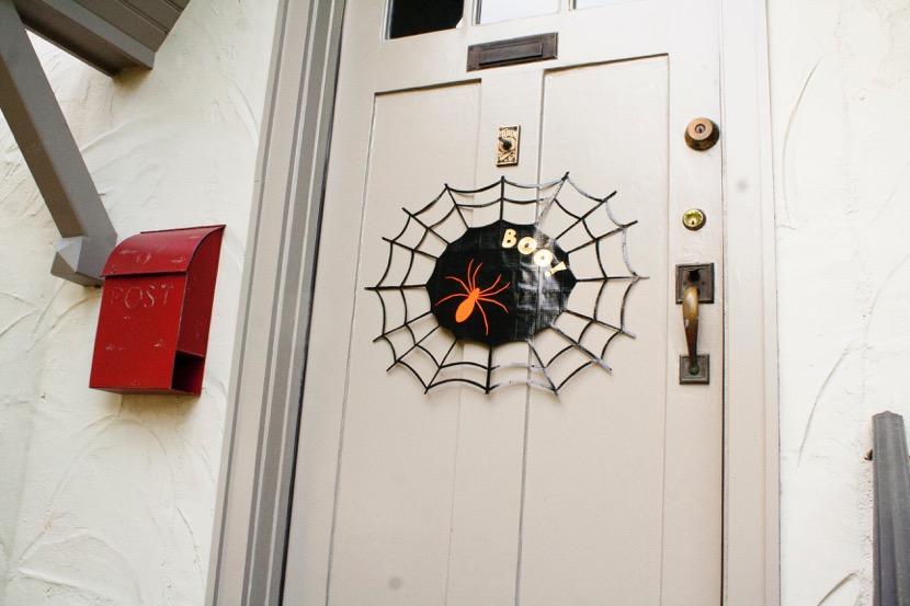 DIY Project: Spider Web Door Sign #DuckTape