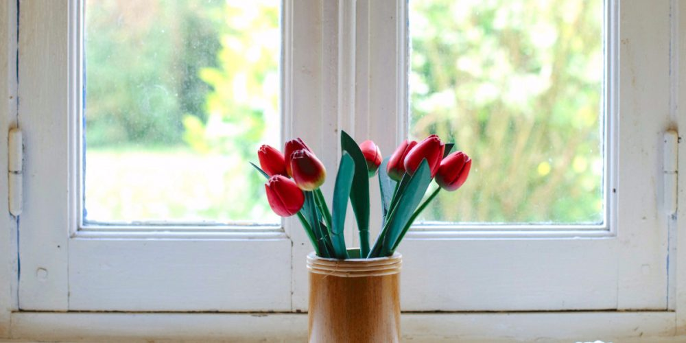 3 Ways To Decorate for Spring! Flowers