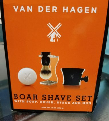 Father's Day is quickly approaching so why not get your dad something luxurious at an affordable price! Van Der Hagen's Luxury Boar Shave set