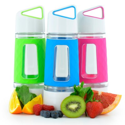 Keep Your New Year's Resolution and Stay Hydrated with the Fruition Infuser Bottle