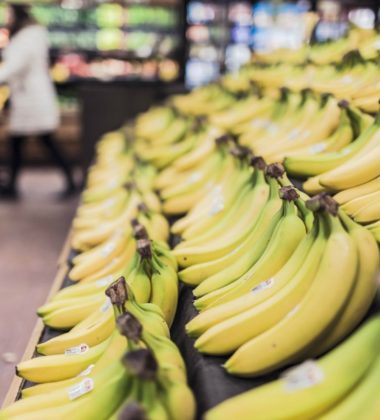 How To Spend Less And Get Discounts The Grocery Store
