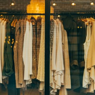 13 Ways Women-Know To Save Money on Clothes