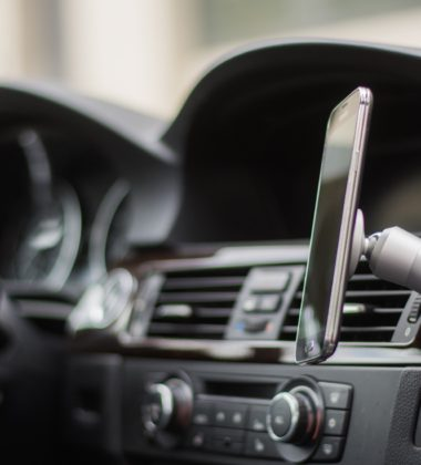 ClutchIt Anywhere! Magnetic Phone Mount