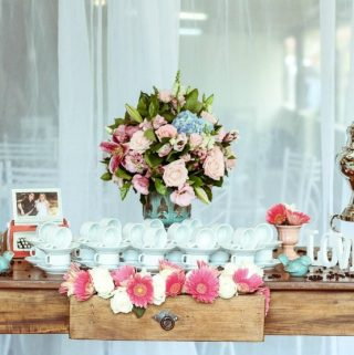Six Advantages of Using Artificial Flowers