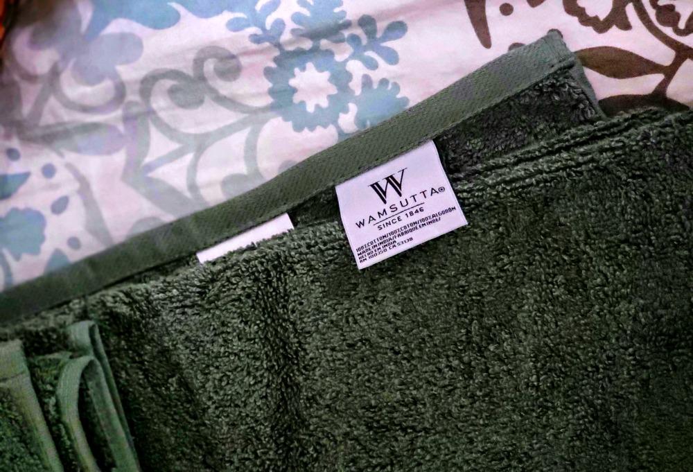 Wamsutta Hygro Duet bath towels