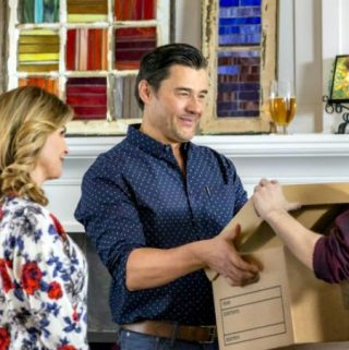 "Hallmark Movies & Mysteries ""Garage Sale Mystery: The Pandora's Box Murders"" Premiering this Sunday, Aug. 5th at 9pm/8c!"