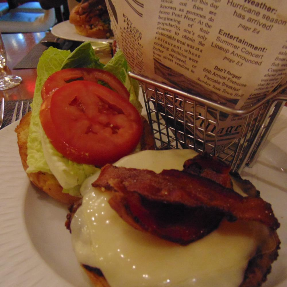 Luxury All-Inclusive The Clement Hotel- hamburger for dinner