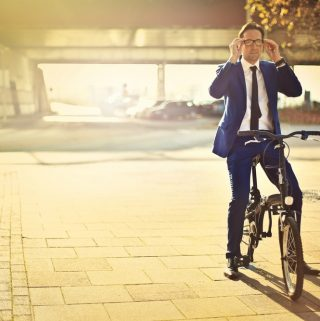 Best Cheap Bike for Commuting (+ How Not To Stink When Biking  To Work)