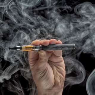 E-Cigarettes vs. Vape Pens: What's the Best Way to Vape?