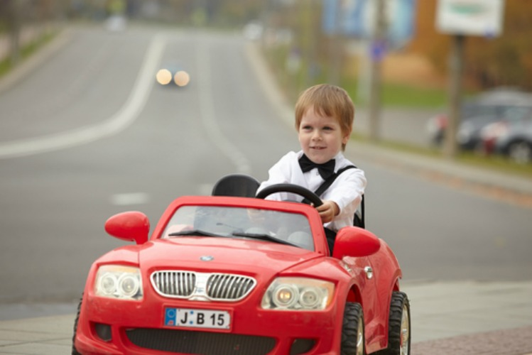 Important Considerations Before Buying Kids Electric Cars