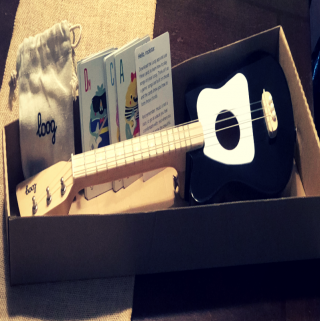 Rock Around The Tree This Year With Loog Guitars