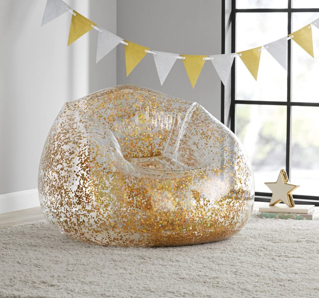 BloChair is a luxurious and premium collection of inflatables and inflatable furniture designed for fun and luxury.