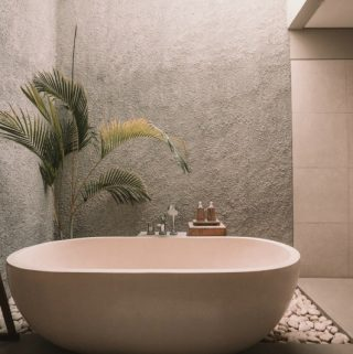 Is Resurfacing Your Bathtub Worth the Expense