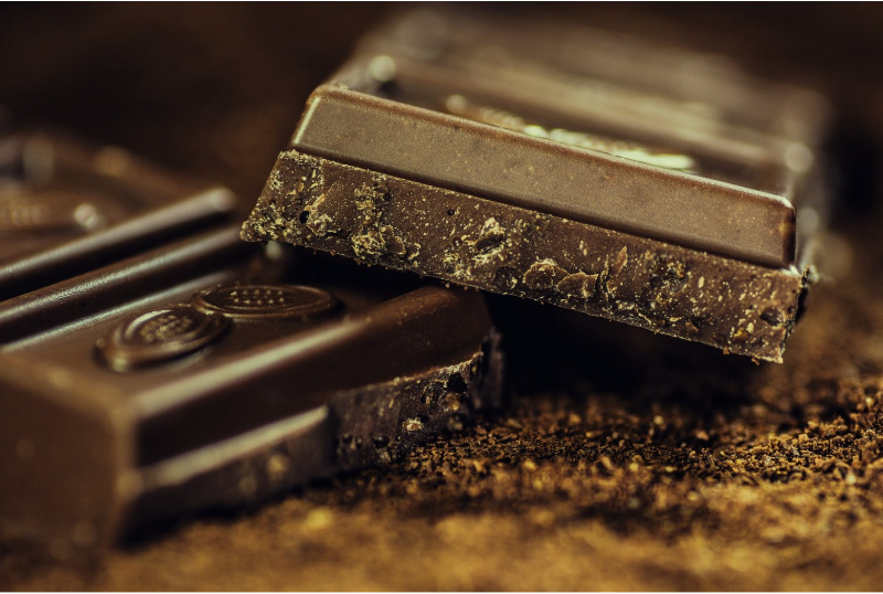 Healthy Chocolate: 5 Reasons Why You Should Eat More of It