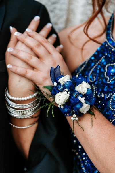 How to Pick the Perfect Dress for Your Prom