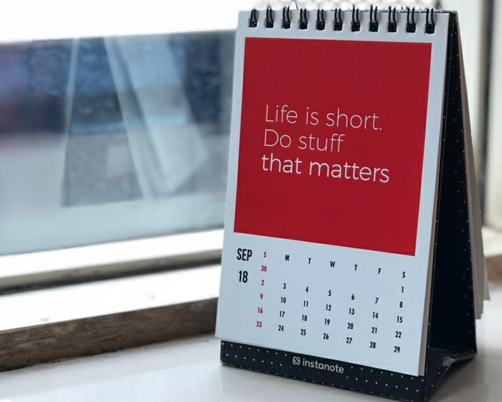 The Best Friendship Gift Is A Personalized Desk Calendar