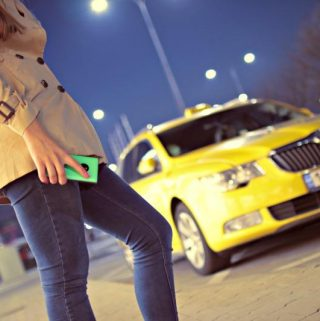 Five Reasons To Choose A Transfer To The Airport Instead Of A Taxi