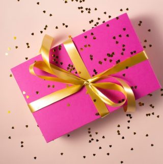 Advantages of Gift Cards and Factors to Consider When Choosing a Gift Card