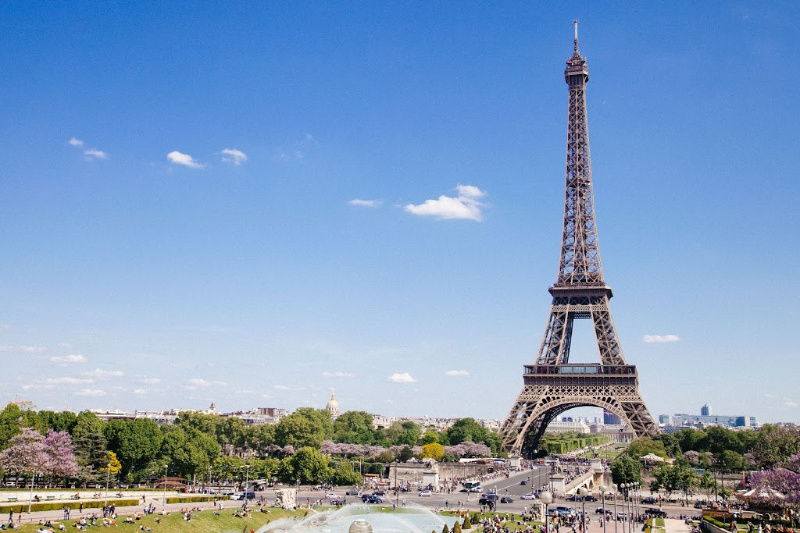 How to Travel Around France With Ease: Top Tips