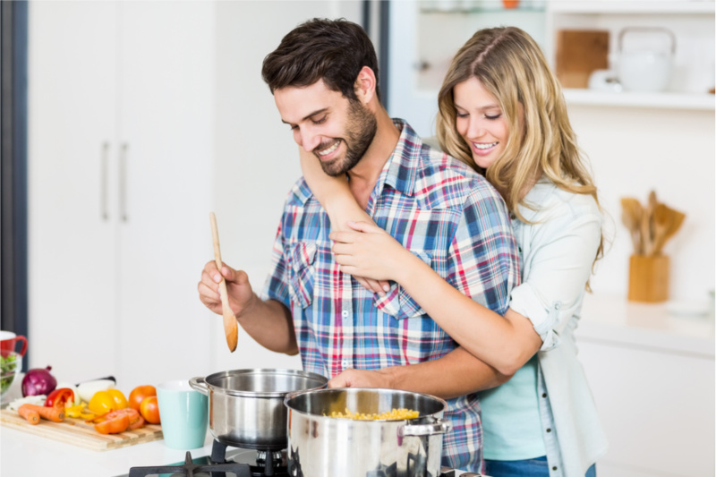 How To Make Your Date Fall Head Over Heals With Your Chef Style Cooking