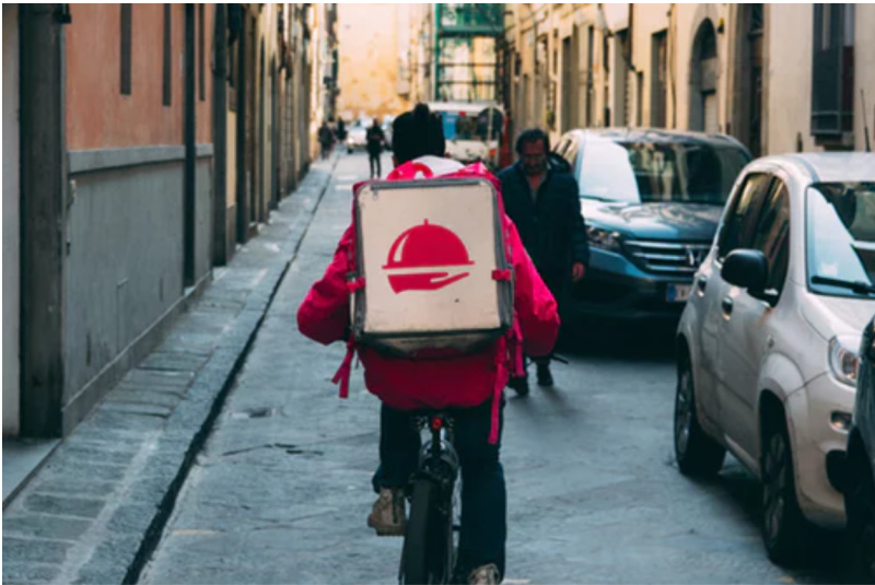 Reasons Why Food Delivery Is Getting More Popular