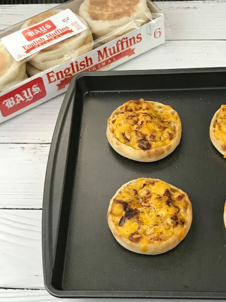 Delicious & Easy Bacon, Beer & Cheddar English Muffin Bites
