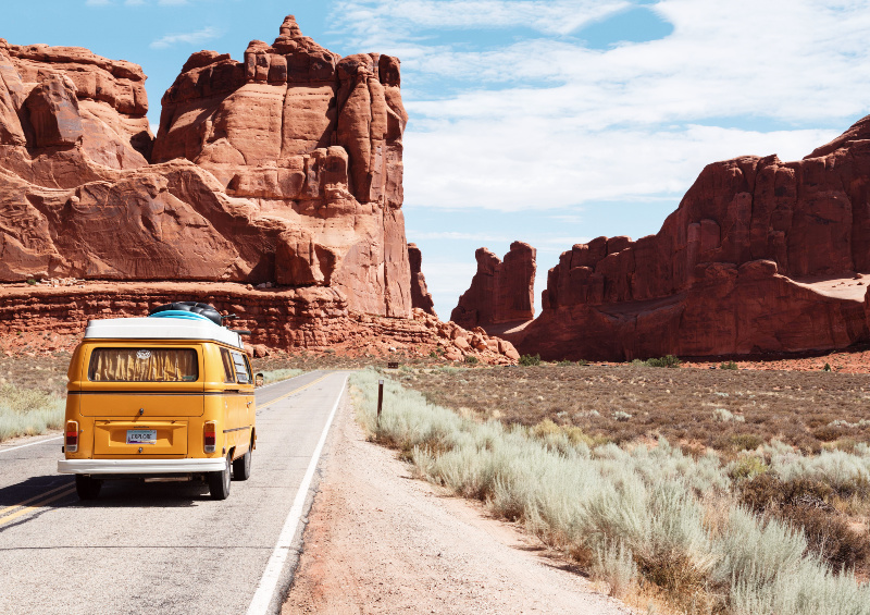 How To Buy a Car for a Road Trip: 5 tips