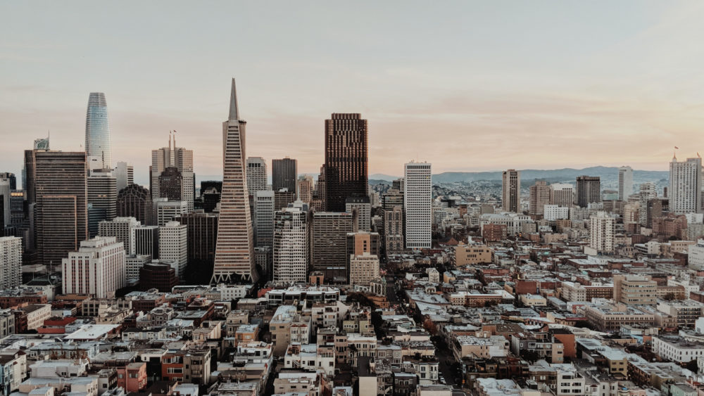 How to Manage a Bicoastal Lifestyle in San Francisco and New York