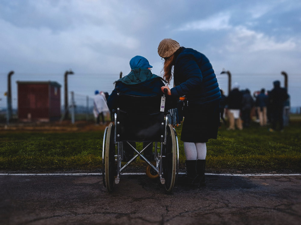 Ways to Care for a Parent With a Disability