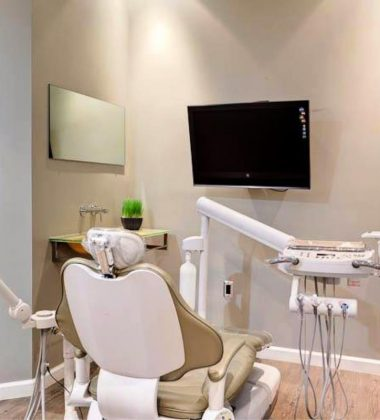 All-In-One Dentist Care You Can Put Your Trust In