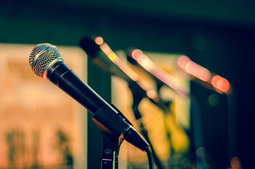 standing microphones