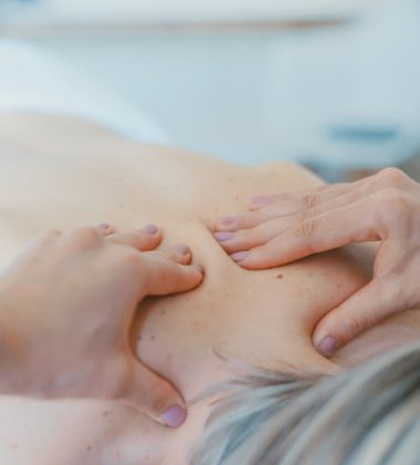 5 Tips on How to Buy the Best Supplies for Your Massage Therapy Business