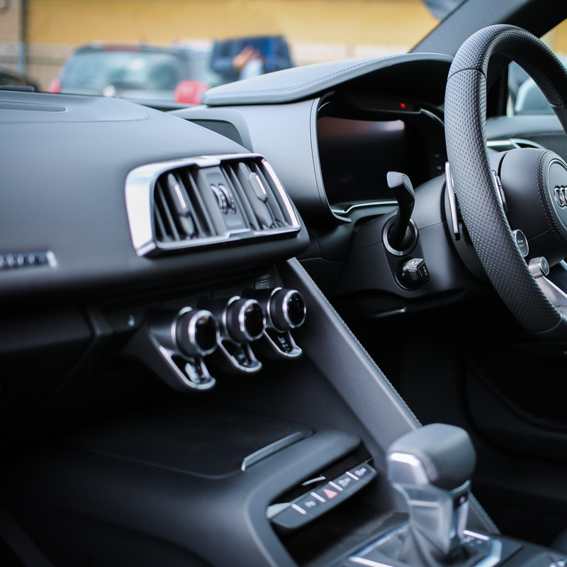 A Few Easy Tricks To Cleaning Your Vehicle's Interior