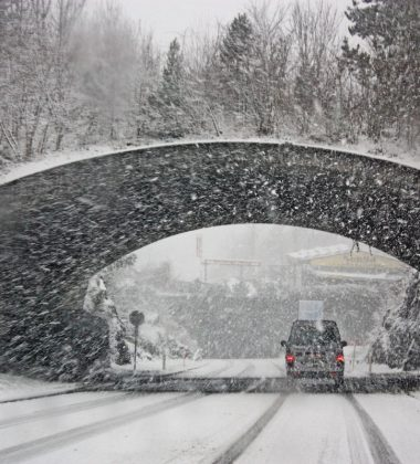 Different Winter Driving Tips For Traveling In Ice & Snow