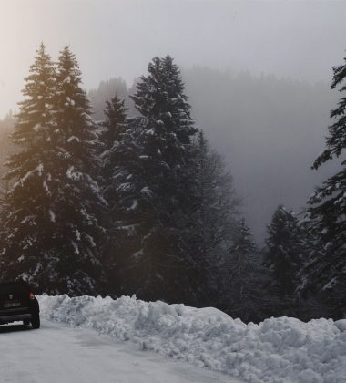 A Few Winter Driving Tips Everyone Should Take In