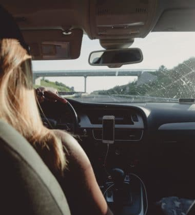 Staying Safe While Driving – 5 Tips To Follow