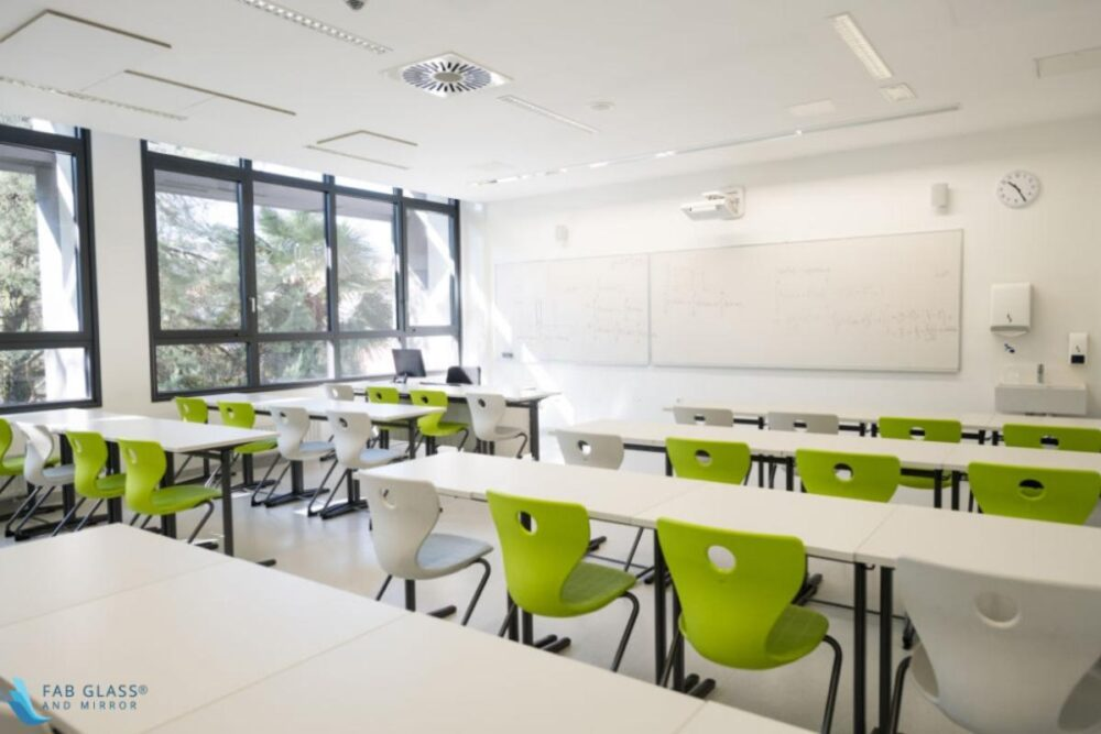 How Glass Boards Made Teaching Easier Than Before