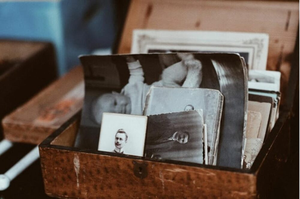 The Ultimate Software To Restore Old Family Photos