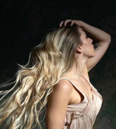 How To Grow Your Hair Faster And Longer Naturally