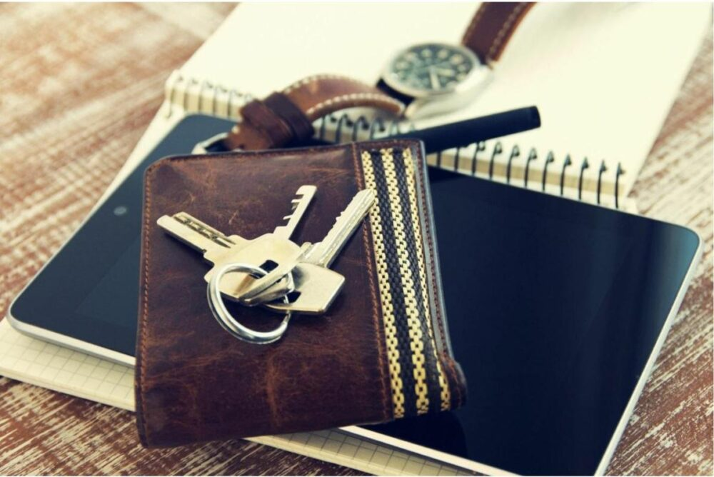 What's in Your Wallet? What You Should Keep on You at All Times