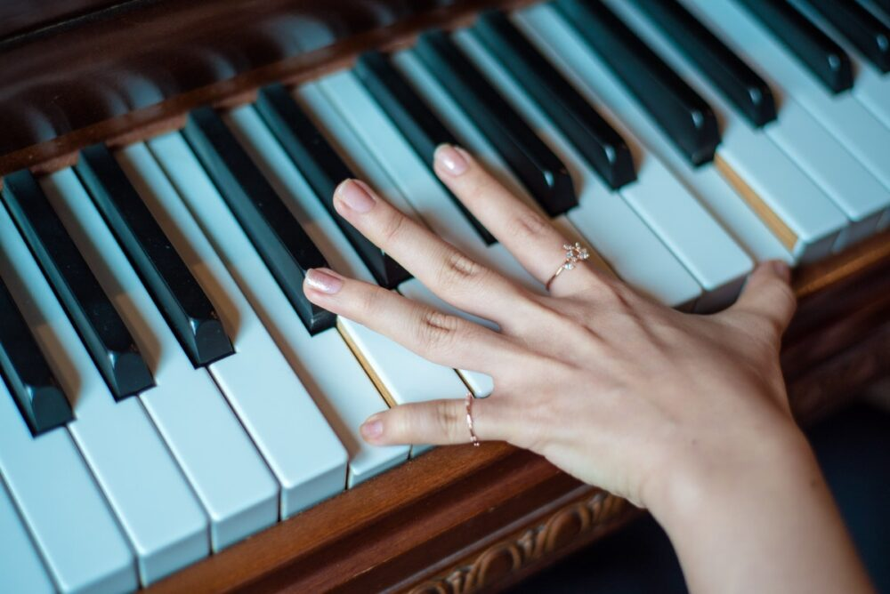 Expert Piano Lessons: 5 Common Mistakes To Avoid While Learning To Play Piano