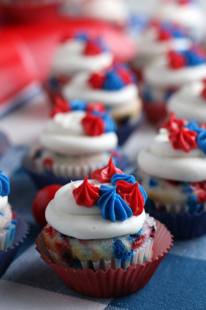 Mini Cupcakes For The 4th of July