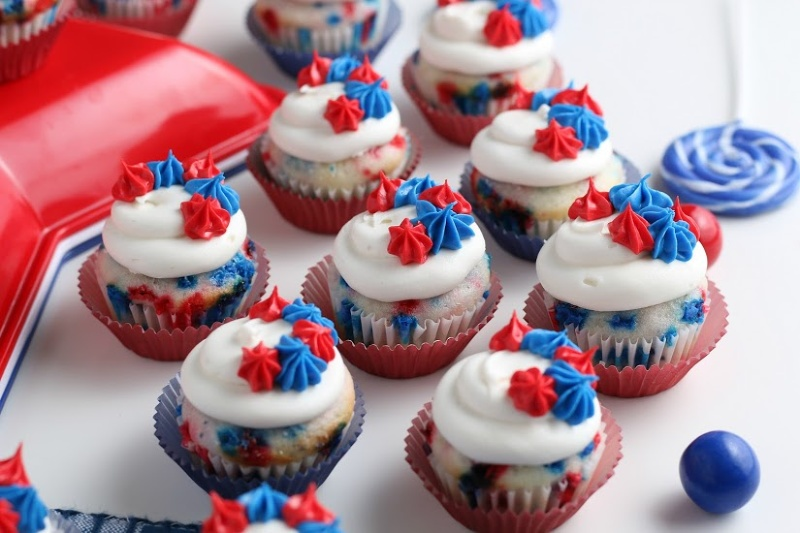 Mini Cupcakes for the 4th of July sitting on white table