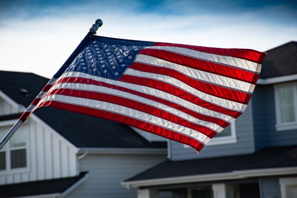 How To Hang An American Flag The Right Way: A Simple Guide