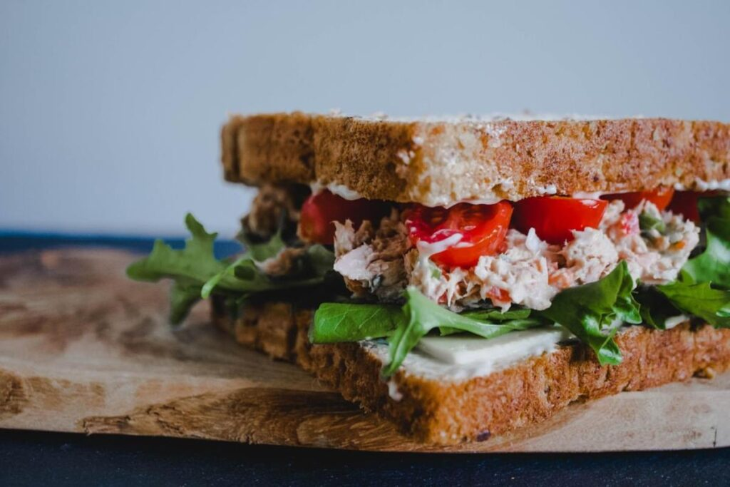 31 Easy And Delicious Meals To Make With Canned Tuna