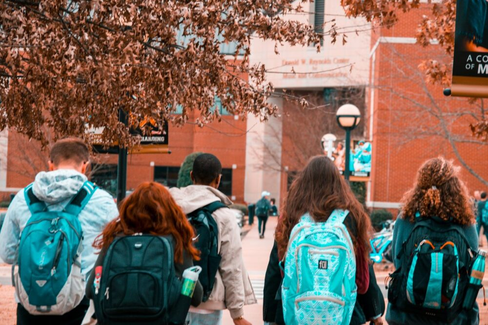 Being A Parent: How To Help A Child Cope With College Problems